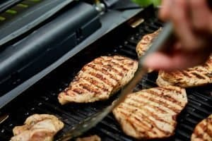 This is Your Best Small Gas Grill for the Money! Small Grills for Balcony, Patio & Camping