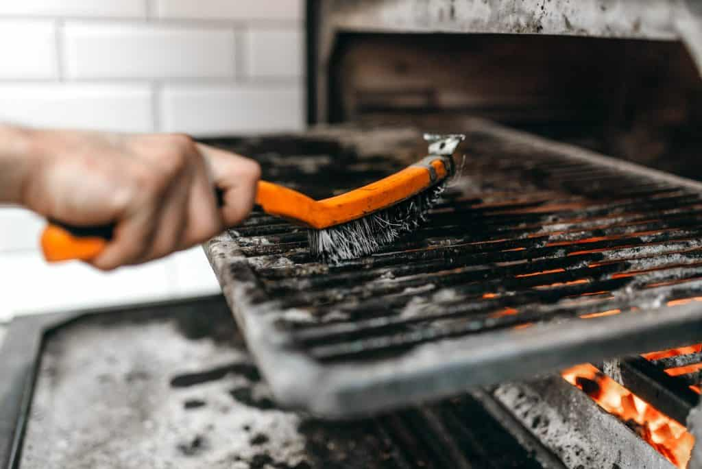 how-to-clean-a-flat-top-grill