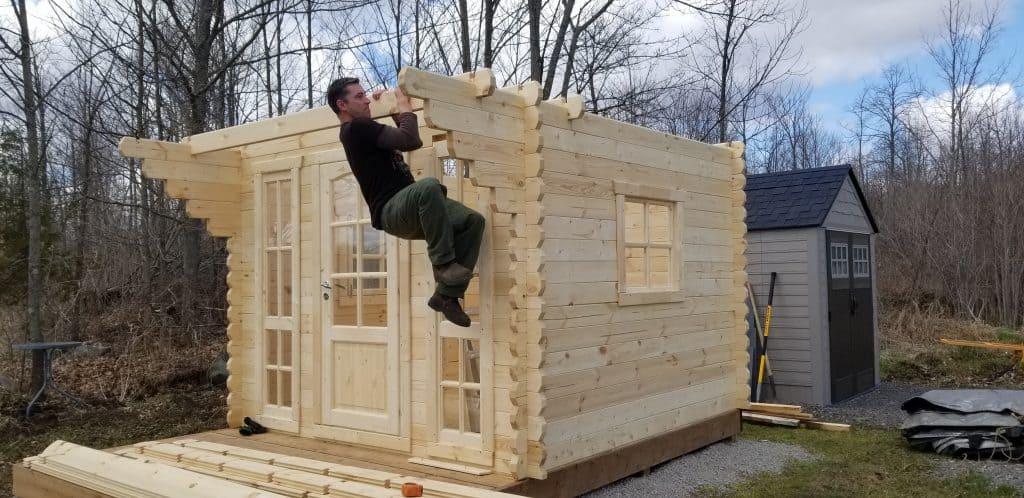 tiny-house-cabin-Feels-sturdy