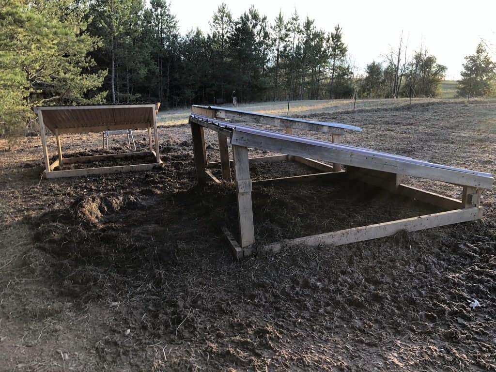 how-to-build-easy-pig-shelter