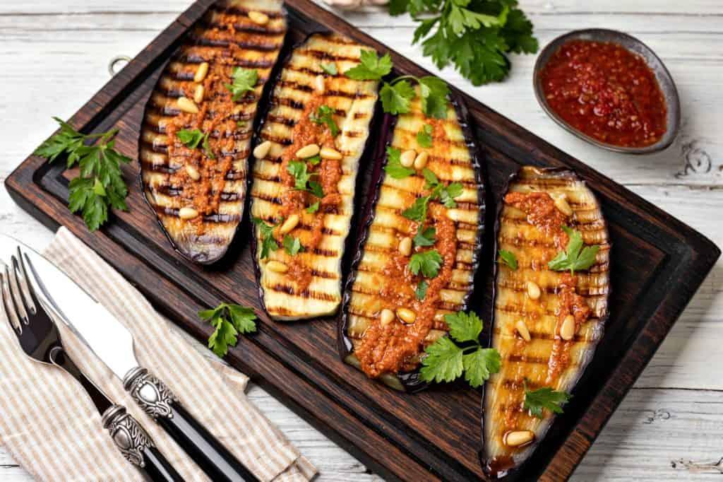 Grilled-eggplant-barbeque-steak