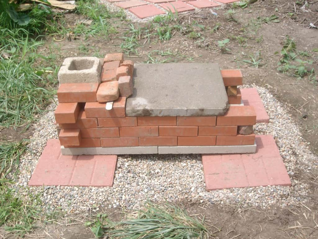 DIY-brick-pizza-oven-first-design