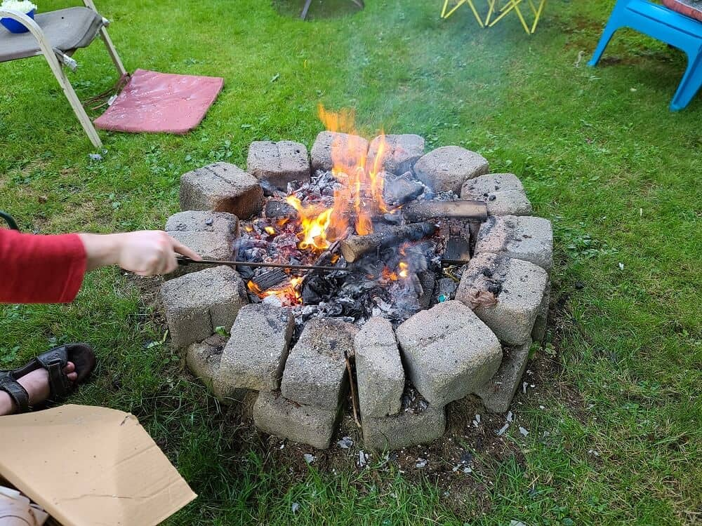 backyard fire pit with cinder blocks finishing touches