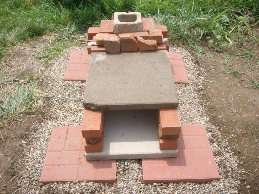 diy-brick-pizza-oven-first-design-back